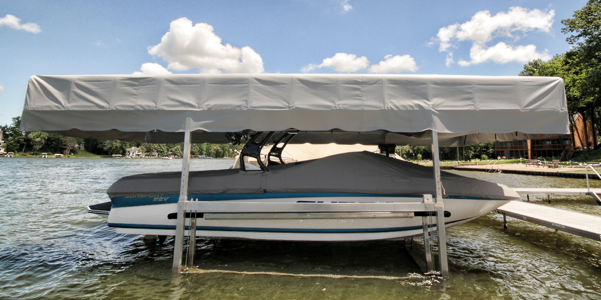 WakeboardBoat2